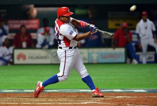 Cuba's outfielder Alfredo Despaigne plays against Japan duringe the World Baseball Classic in Fukuoka on March 6, 2013