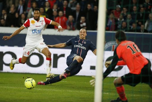 Paris Saint-Germain's forward Zlatan Ibrahimovic (C) shoots on goal, March 9, 2013 in Paris
