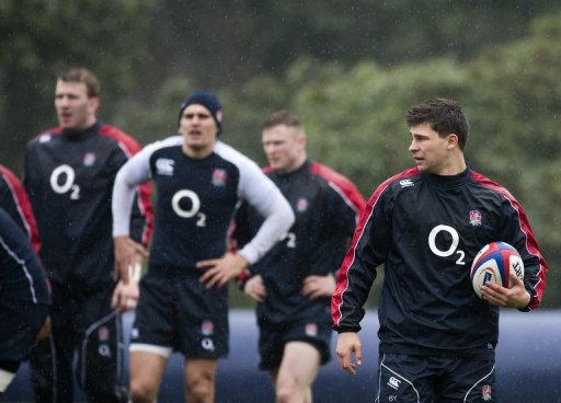 England's Ben Youngs (R) attends training session in Bagshot, south-east England, on March 8, 2013