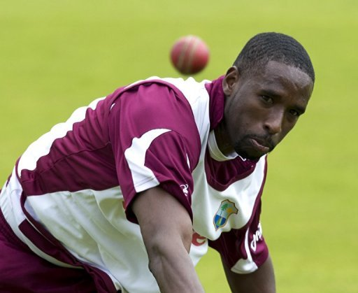The West Indies' Shane Shillingford bowls during a practice at Lord's Cricket Ground in London on May 16, 2012