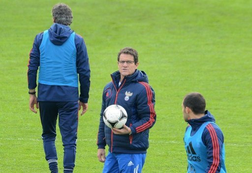 Fabio Capello leads a Russian squad training session in Moscow on October 15, 2012