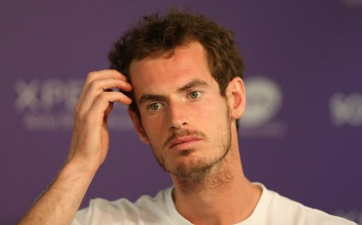 Andy Murray speaks to the press on March 21, 2013 in Key Biscayne