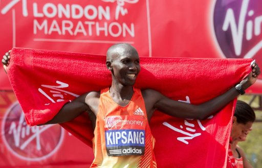 Wilson Kipsang celebrates victory in the men's race in the London Marathon on April 22, 2012