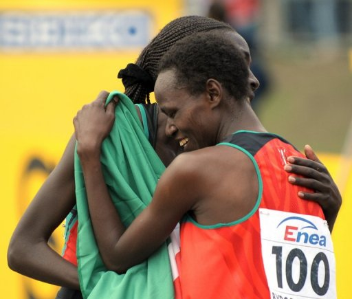 Kenya's Emily Chebet (right) and Linet Chepkwemoi Masai in Bydgoszcz, Poland on March 28, 2010.