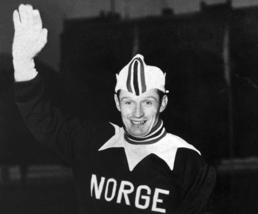 Hjalmar Andersen waves to photographers during the Winter Olympic Games on February 19, 1952 in OsloEN