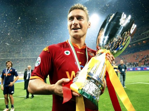 Francesco Totti holds the trophy, on August 19, 2007 after winning the ltalian Super Cup over Inter Milan 1-0