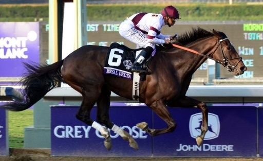 Mike Smith rides Royal Delta to victory at the Breeders' Cup Ladies' Classic on November 2, 2012