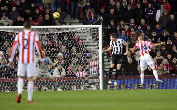 STOKE, UNITED KINGDOM - NOVEMBER 28 : Johnathan Walters of Stoke City scores the equalizing goal during the Barclays Premier League match between Stoke City and Newcastle United at the Britannia Stadium. Stoke won the game 2-1.