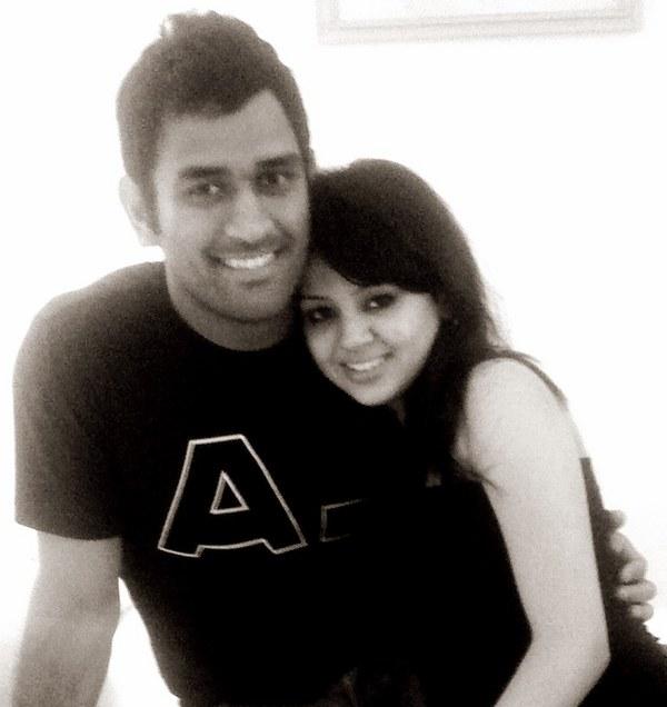 M.S.Dhoni with Sakshi Dhoni.