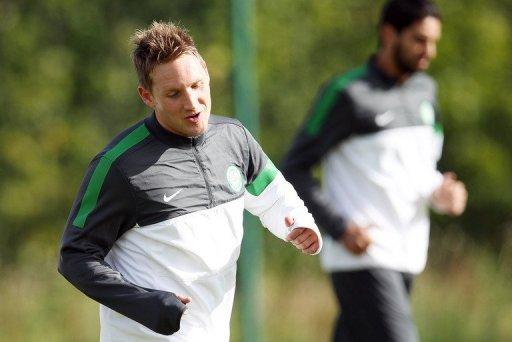 Celtic's Scottish midfielder Kris Commons trains near Glasgow, Scotland, on September 18, 2012