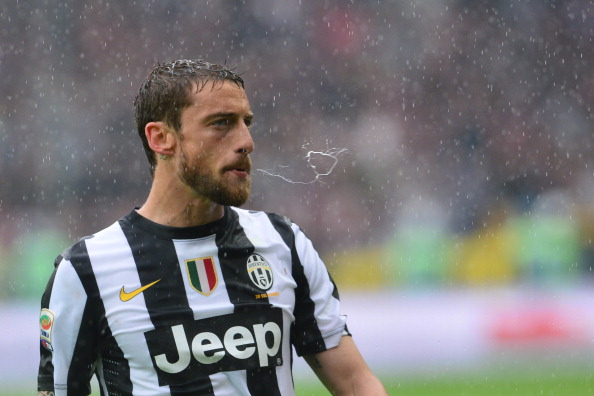 Manchester United are pushing Nani to act as bait for their move on Claudio Marchisio.