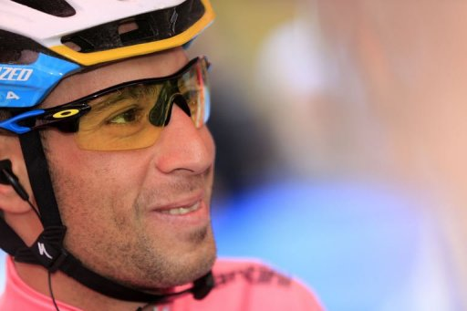 Italian Vincenzo Nibali gets ready for the 14th stage of the 96th Giro d'Italia on May 18, 2013 in Cervere