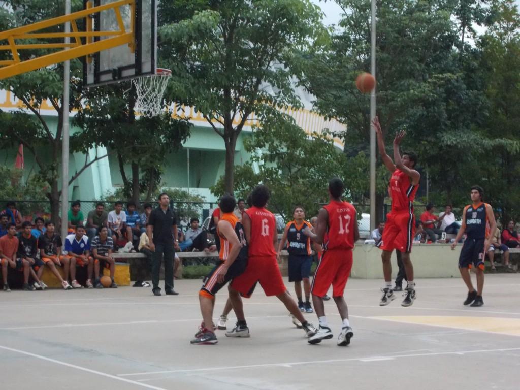 Sports Hostel, Bangalore in action against Bharath Sports Union. Copyright: Gopalakrishnan R