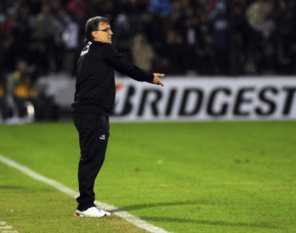 Newell's Old Boys v Boca Juniors - Copa Bridgestone Libertadores 2013