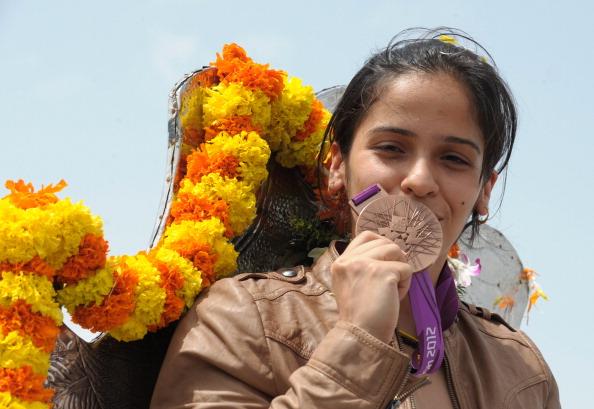 Indian badminton player Saina Nehwal pos
