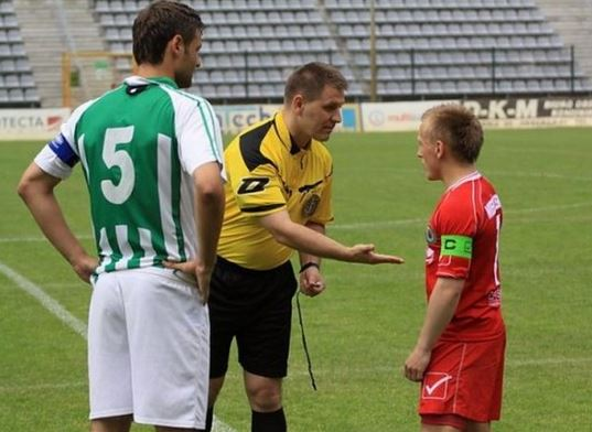 Shortest football player # 3