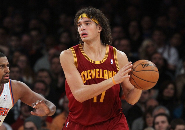 Anderson Varejao #17 of the Cleveland Cavaliers