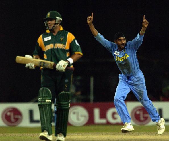 Harbhajan Singh of India celebrates the wicket of Boeta Dippenaar of South Africa