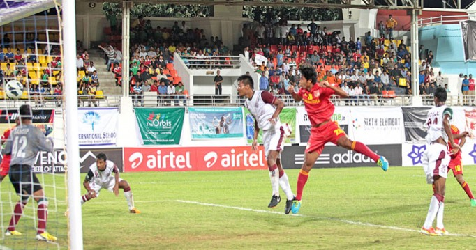 Thongkhosiem Haokip scoring a goal via header