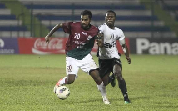 Former Mohun Bagan player Rakesh Masih (left) is now with Mohammedan Sporting