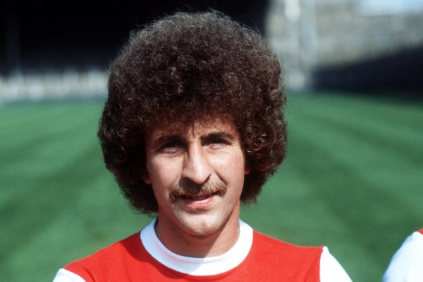 league hair style page 8 top 10 worst hairstyles of arsenal players 1970