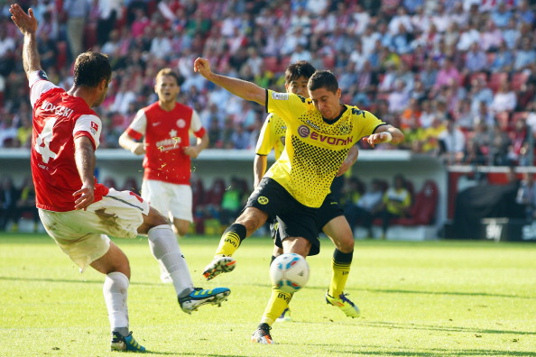 Mainz 05 v Borussia Dortmund