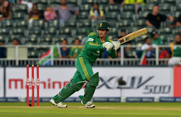 South Africa beat Pakistan via D/L mehtod Quinton De Kock 2013