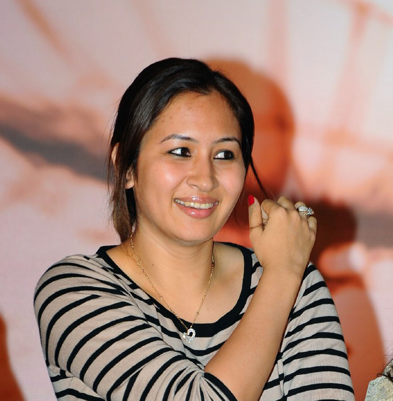 jwala gutta wants to open her own badminton academy. Black Bedroom Furniture Sets. Home Design Ideas
