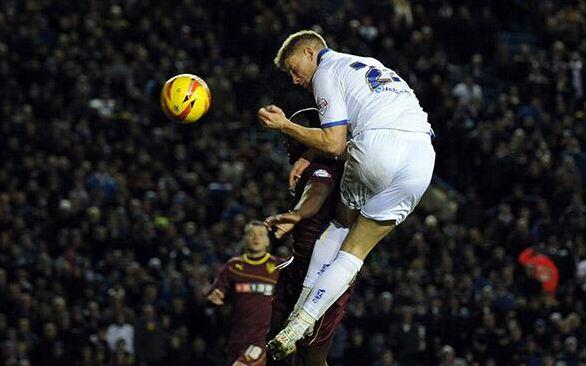 Matt Smith scores for Leeds United