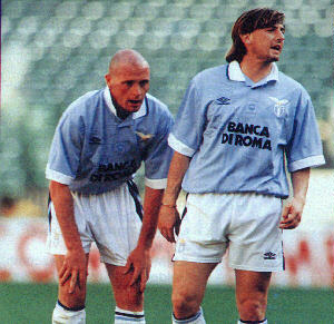 Giuseppi Signori (right) and Paul Gascoigne (left) formed the nucleus of a formidable Lazio side during the mid 1990's. The team, however, failed to win anything during their stint together. (Credit: giuseppesignori.tripod.com)