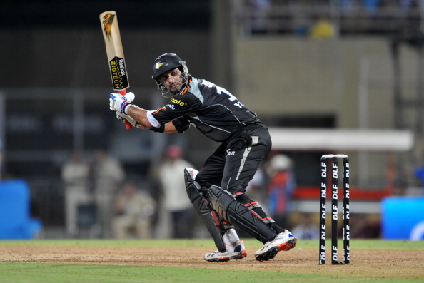 RESTRICTED TO EDITORIAL USE. MOBILE USE WITHIN NEWS PACKAGE   Pune Warriors India team captain Yuvraj Singh watches a ball during the IPL Twenty20 match between Pune Warriors India and Kolkata Knight Riders at The D.Y.Patil Stadium on the outskirts of Mumbai on May 19, 2011. AFP PHOTO/Sajjad HUSSAIN (Photo credit should read SAJJAD HUSSAIN/AFP/Getty Images)