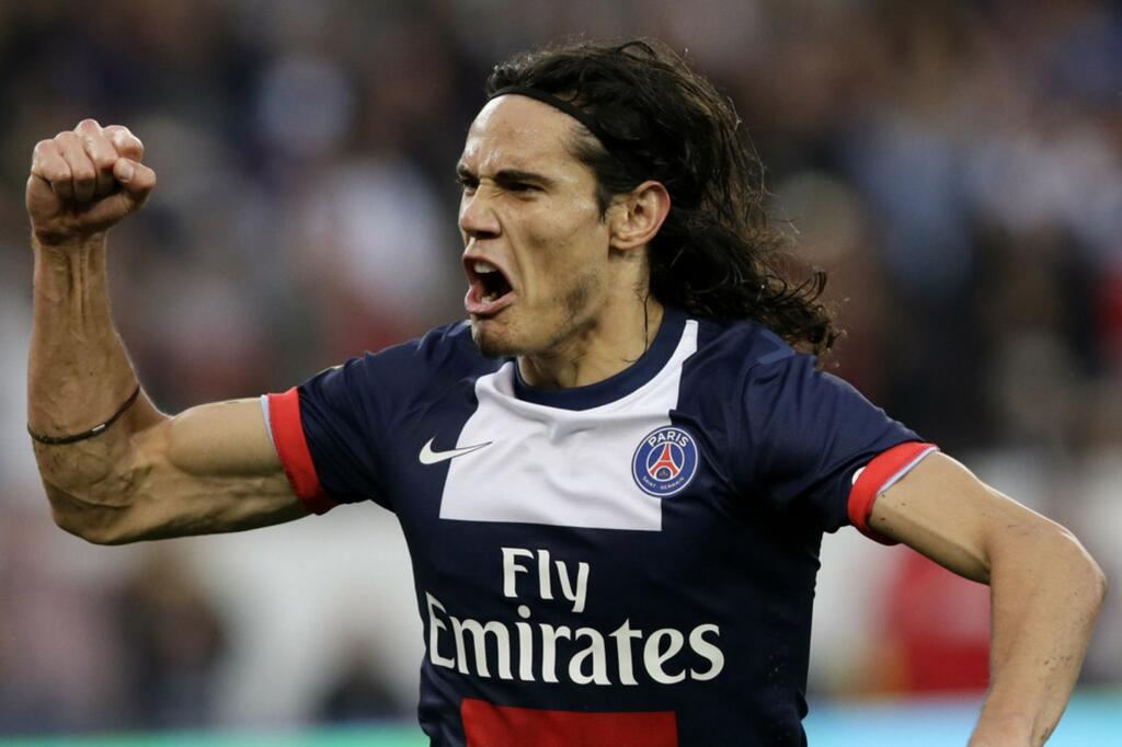 PSG striker Edinson Cavani has expressed displeasure at playing second fiddle to Ibrahimovic