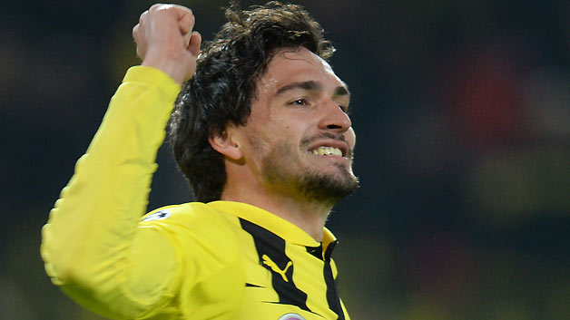 Mats Hummels could fill in the void left by Vidic and Ferdinand