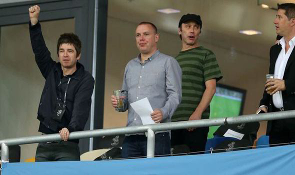 Noel Gallagher mocks Luis Suarez