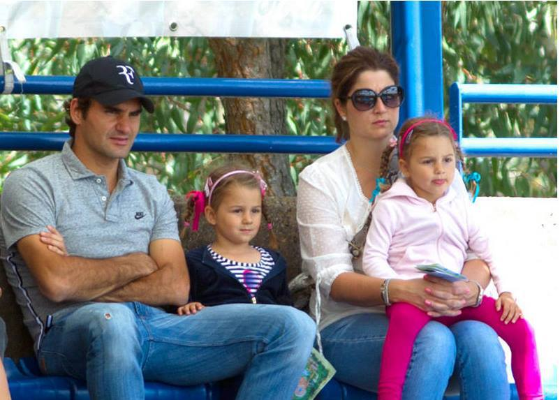 Roger Federer, Mirka and their twin daughters