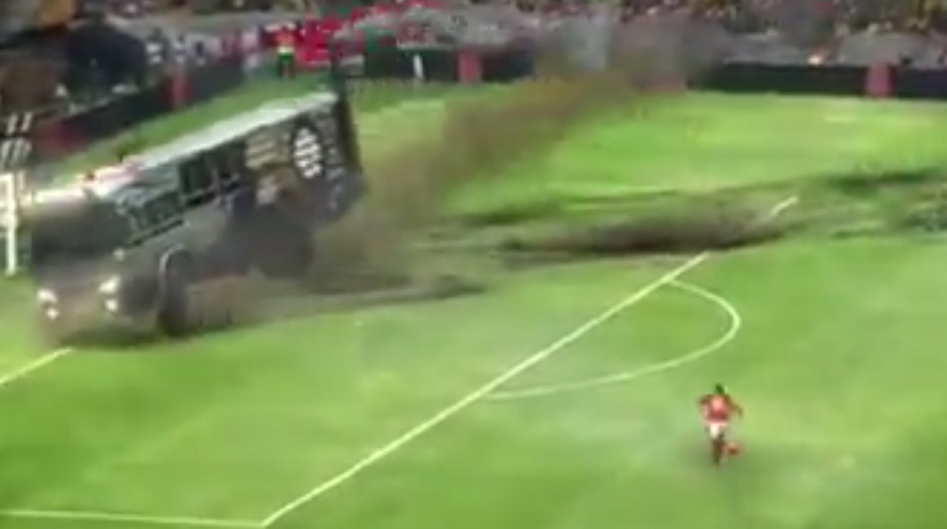 Rooney scores parked bus nike