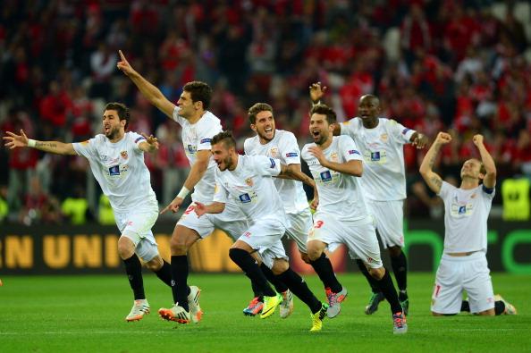Sevilla players celebrate as Gameiro scored to win the Europa League for Sevilla