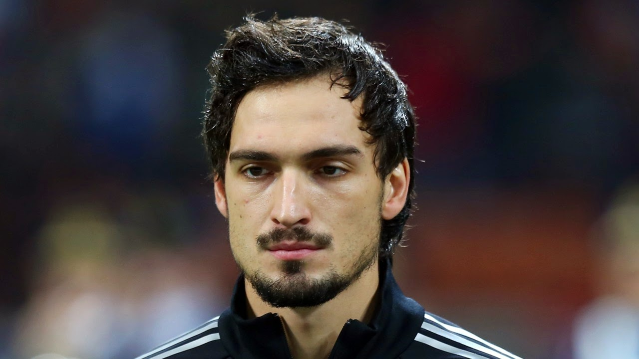 Germany S Mats Hummels Open To Manchester United Move