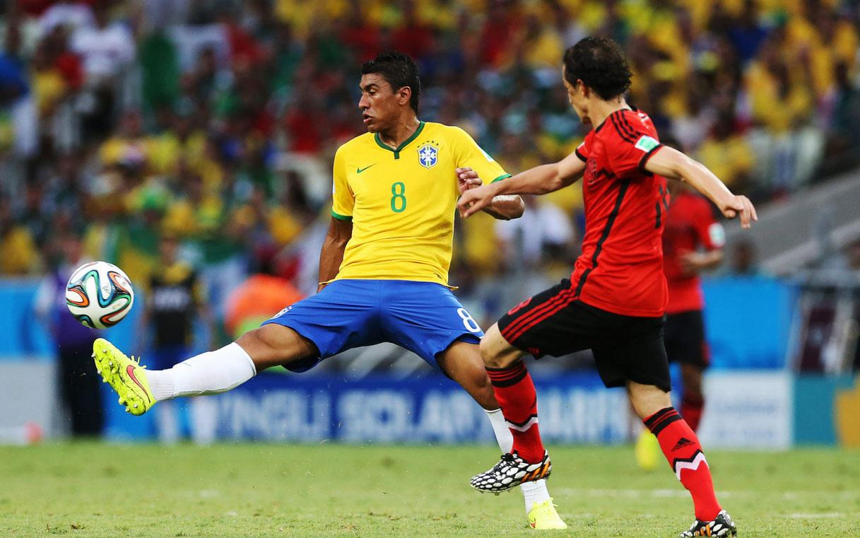 Should Fernandinho replace Paulinho in the Brazil starting XI