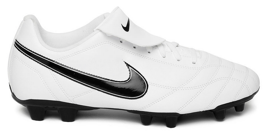 #1 Nike Men White Egoli FG Football Shoes