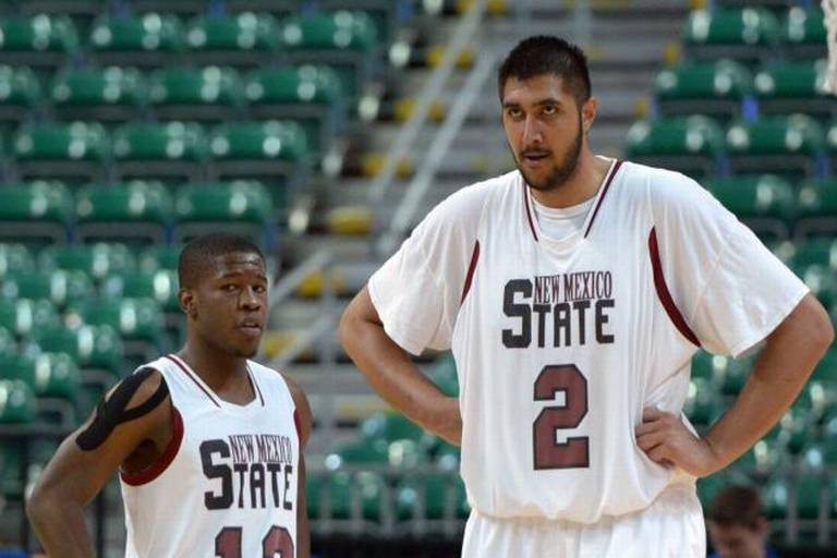 Sim Bhullar the Giant from India