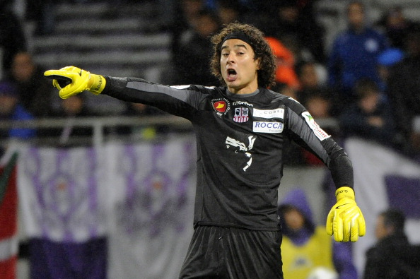 8d30d9fe4 Liverpool set to bring Mexican goalkeeper Guillermo Ochoa from ...