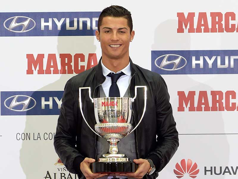 Real Madrids Cristiano Ronaldo With The Pichichi Trophy