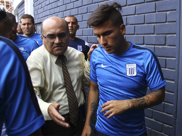 Alianza Lima players attacked dressing room