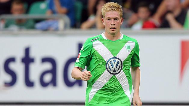 the best attitude 11a47 027df Video: Wolfsburg's Kevin De Bruyne abuses ballboy; issues ...