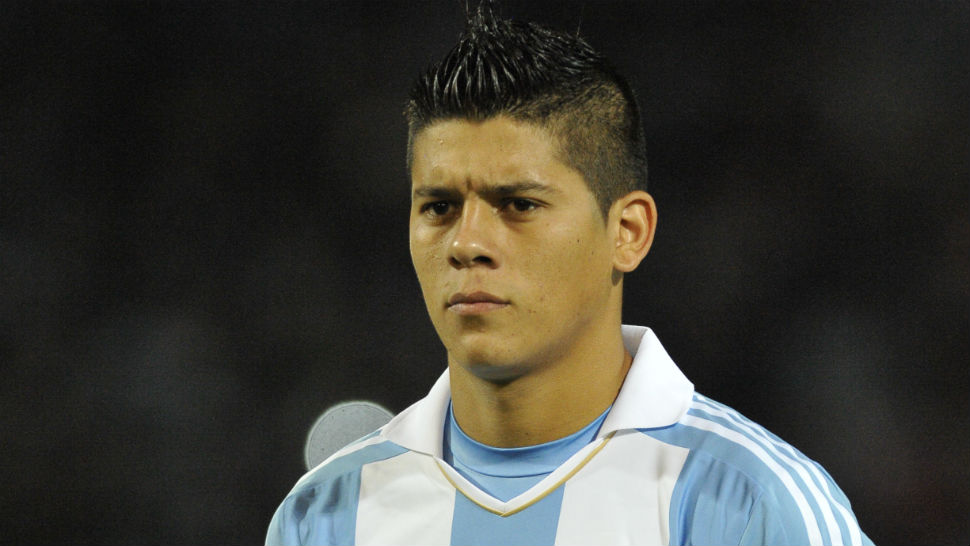 marcos rojo s family targeted by armed criminals back home