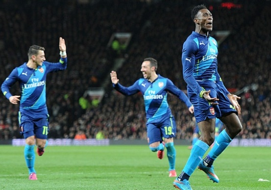 welbeck scores arsenal winner against manchester united