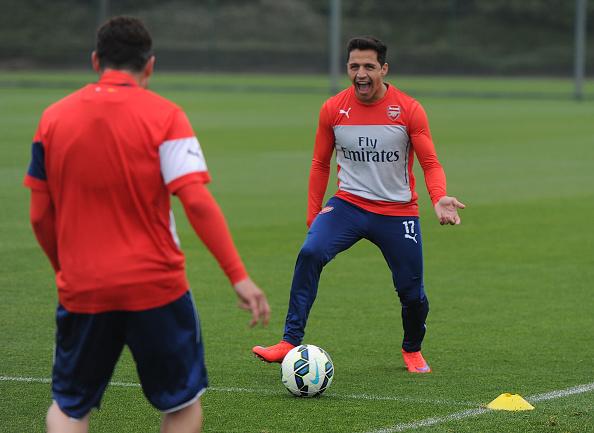 Arsenal Alexis Sanchez training