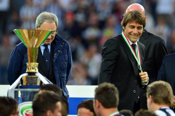 Antonio Conte Serie A trophy Juventus