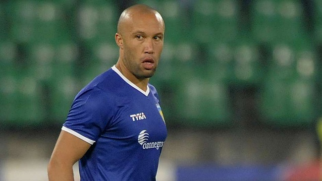 Mikael Silvestre ISL Contract